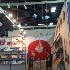 Clubul ilustratorilor at the Romanian stand